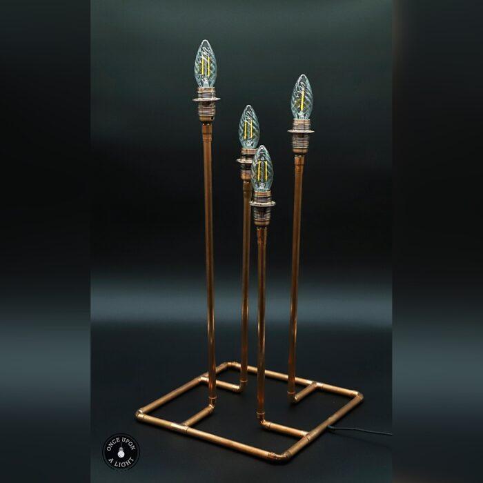 Lampe de table en cuivre