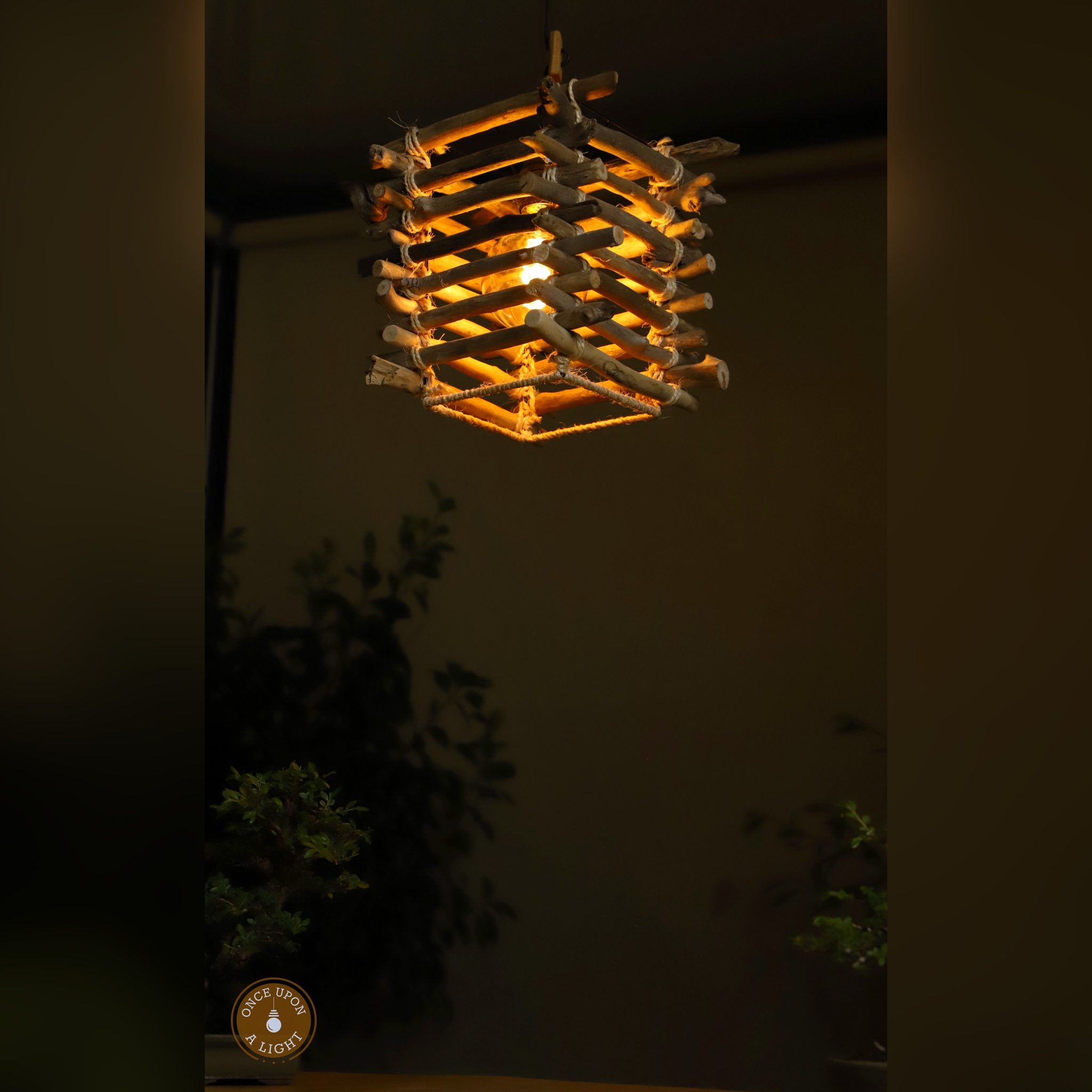 Lampe led suspension en bois flotté