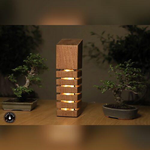 Lampe led en bois éxotique